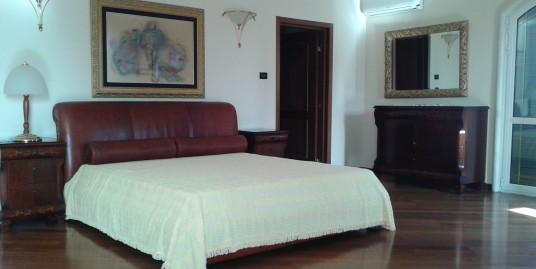 Luxury villa on a great location, fully furnished