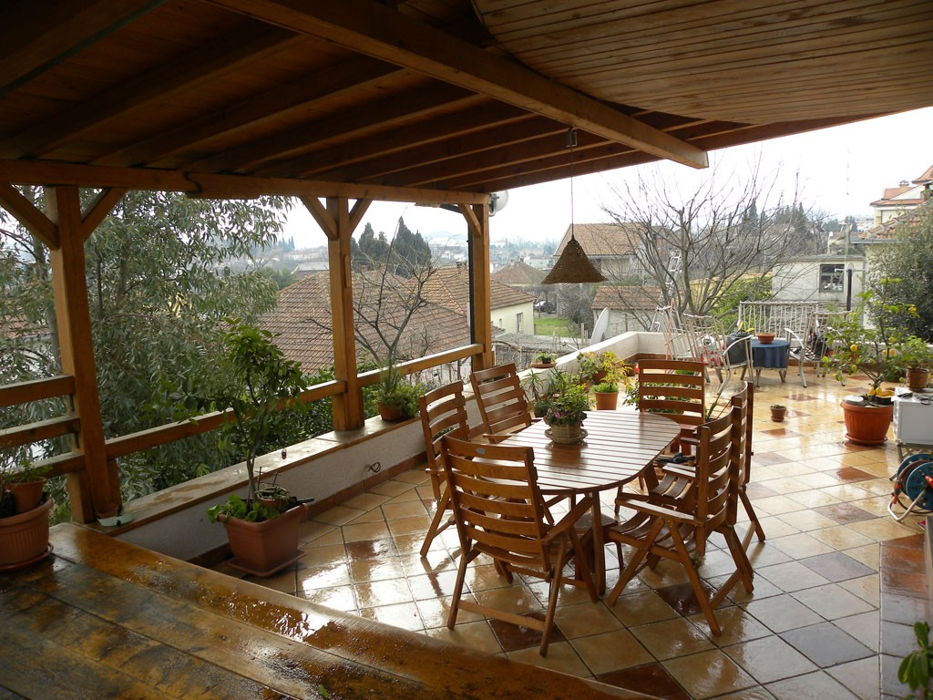 House 300m2, garden 700m2, nice and quiet location
