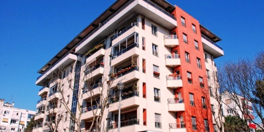 Apartment 90m2, two bedrooms, fully furnished, parking