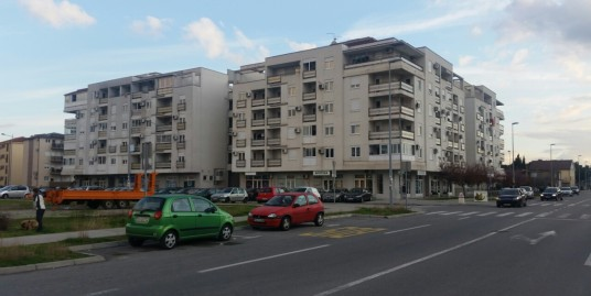 Apartment 45m2, Blok 9, III floor, partly furnished