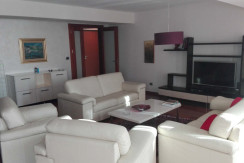 Flat 150m2, nice location, furnished, garage