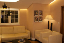 House 350m2, garden 500m2, fully furnished, quite location